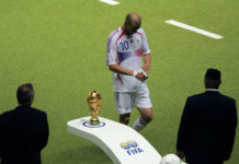 Zinedine Zidane WC walk of shame (football break and coronavirus)